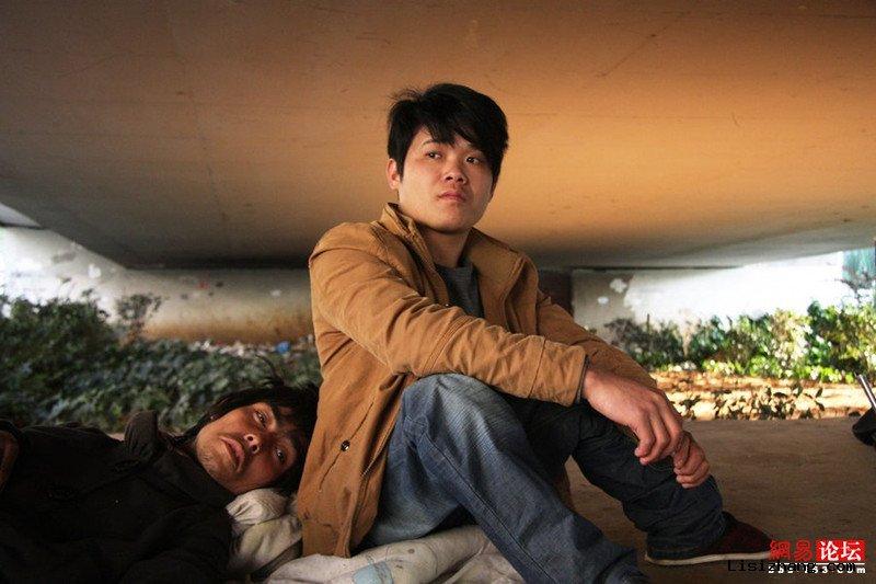 郑州民工交桥下躺20余天死亡 当地:患者拒就医 - 我只有天晓得 - 历史是一个任人打扮的小姑娘